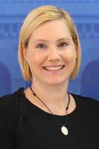 Annika Mayer-Wuttke, Kundenberatung