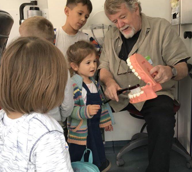 Dr. Dieter Hoffmann erklärt